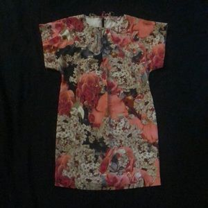 Ted Baker floral shift dress - size US 4